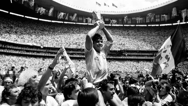 阿根廷全国将哀悼马拉多纳三天