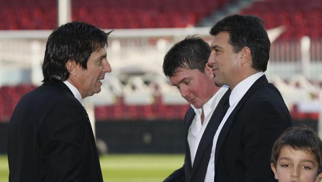 西媒:梅西可能与巴萨续约十年 巴萨球员身份两年