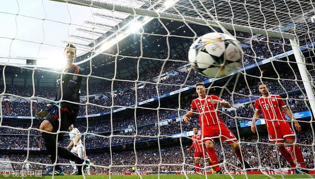 卡恩:皇马第2球有两种处理办法 拜仁门将脑子短路