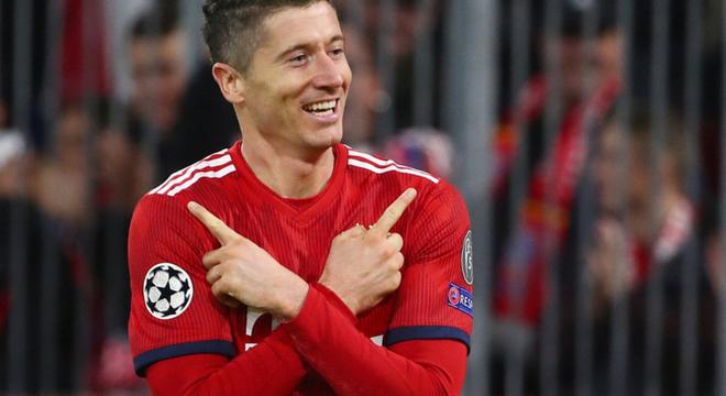 欧冠-莱万双响 拜仁2-0终结53天主场不胜