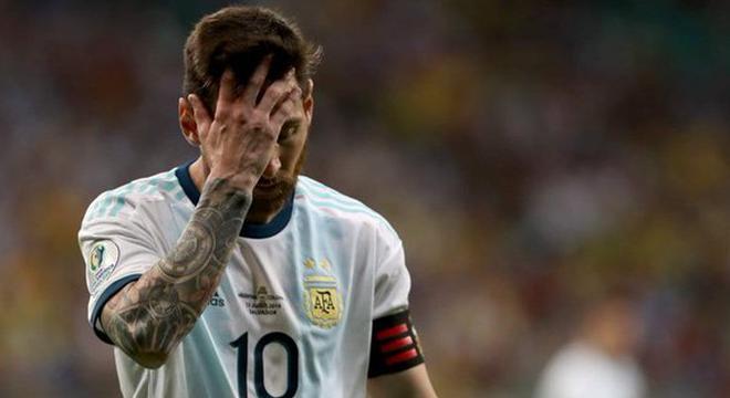 美洲杯-梅西哑火 J罗助攻中超旧将 阿根廷0-2落败