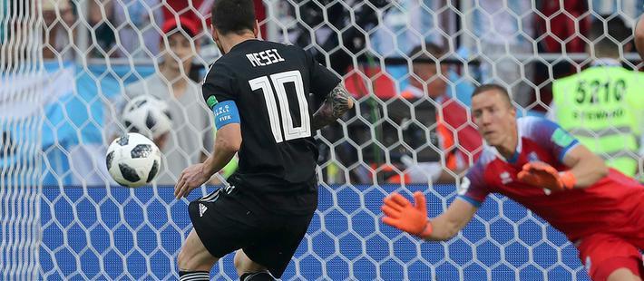 颜强:梅西的点球被扑就是如此