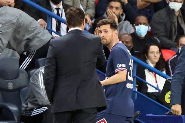 亨利:梅西反应并不让我奇怪 他肯定不愿意被换下场