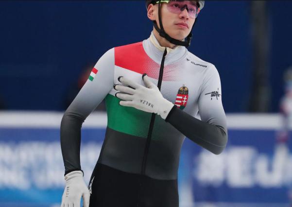 短道速滑世锦赛刘少昂首度夺魁 荷兰女将拼得双金