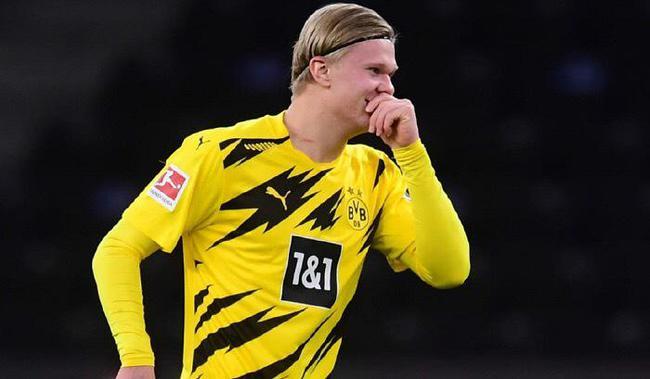 生涯前12场欧冠打进16球,这效率太恐怖了