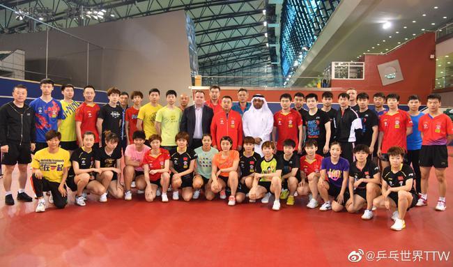 國乒現在正在卡塔爾集訓