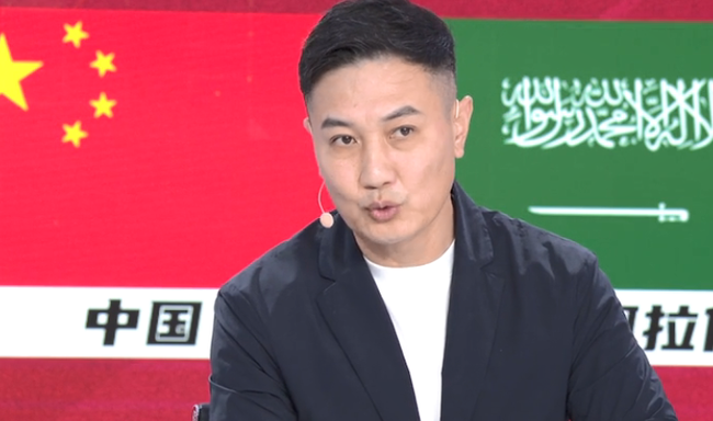 徐阳:国足对阵日本应可拿一分 看准备到不到位