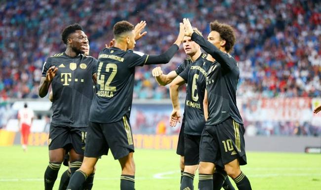 德甲-莱万+萨内进球 穆夏拉传射 拜仁4比1夺三连胜!