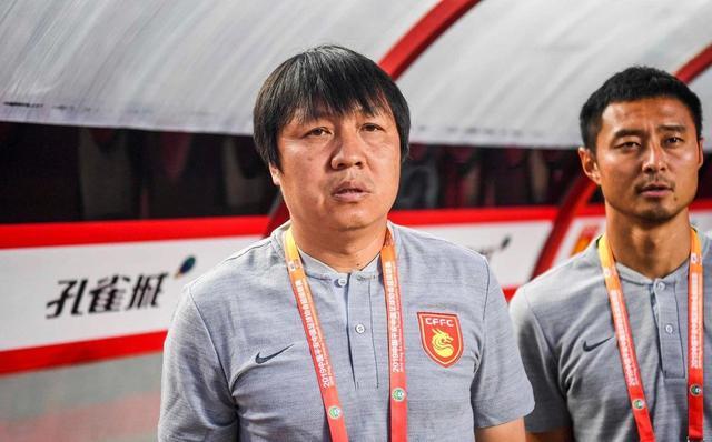 时隔近一年谢峰微博发声:中国女足值得我们学习!