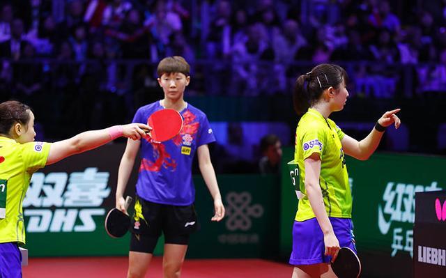 世乒赛女双决赛日本对判罚有争议