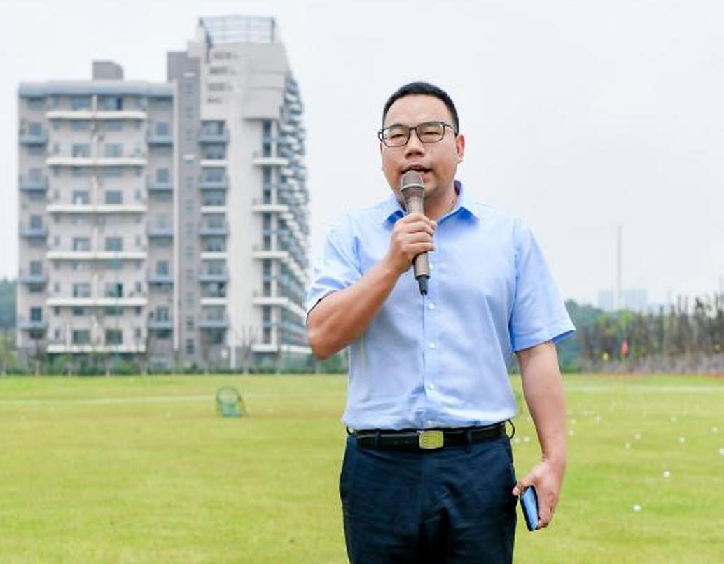 湖北天紫湖养生开发有限公司常务副总经理贺伟先生