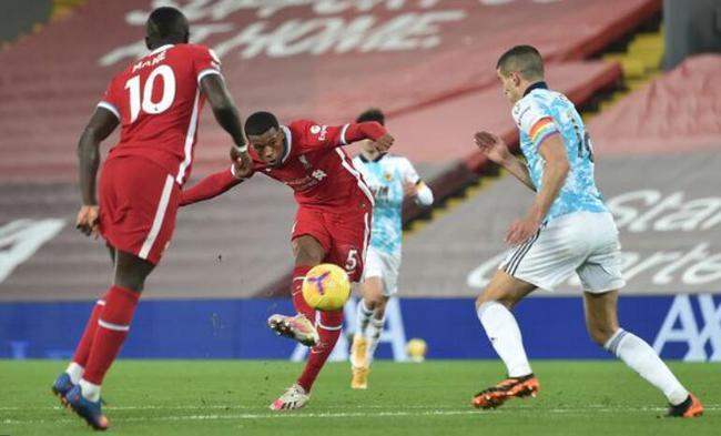 利物浦悍将超级世界波 名宿:他去巴萨不如留在红军