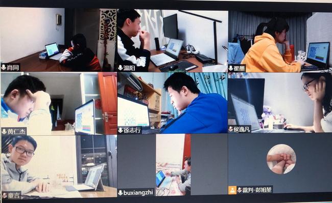 济南银丰队、青岛城阳队比赛中