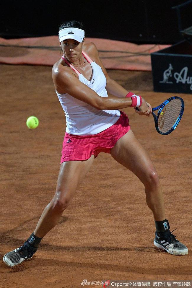 WTA罗马站:穆古鲁扎完胜斯蒂芬斯 次轮将战高芙