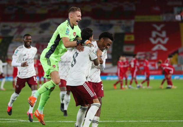 联赛杯-南野拓实中横梁 利物浦点球战4-5负阿森纳