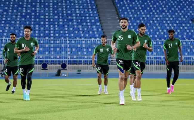 国足对手沙特名单惹出争议 名宿批主帅因循守旧