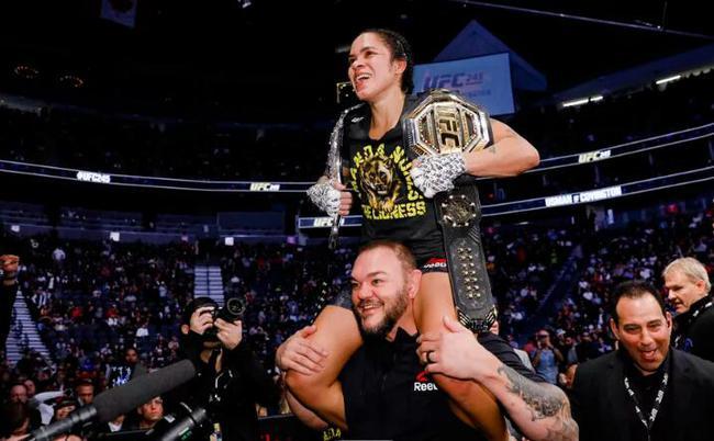 努涅斯的收获在女子MMA选手中已经难以被超越