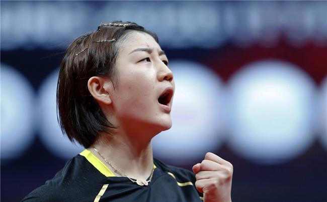总决赛陈梦4-1王曼昱 成功获得女单四连冠