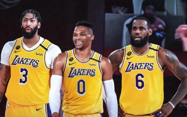 5支球队各有3名顶薪球员 专家:NBA进抱团时代