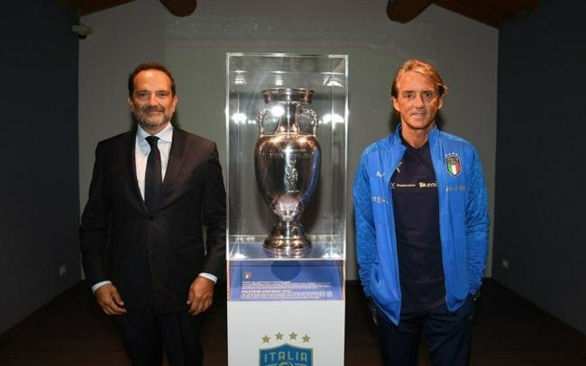 曼奇尼:欧洲杯夺冠是历史性转折点 金球奖我会给他