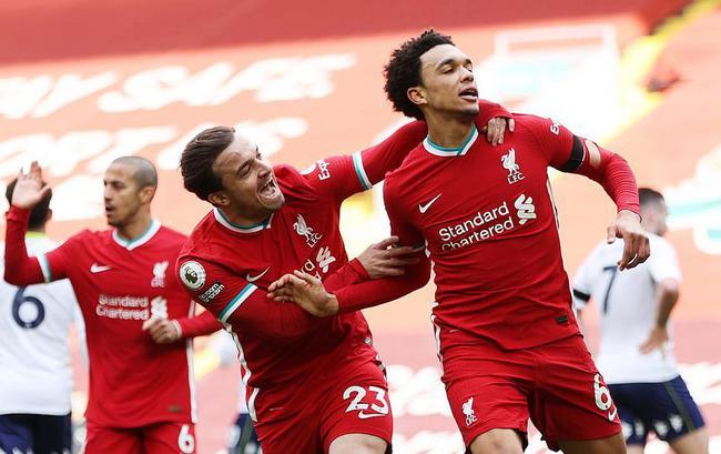 英超-萨拉赫扳平 利物浦补时绝杀2-1止主场6连败