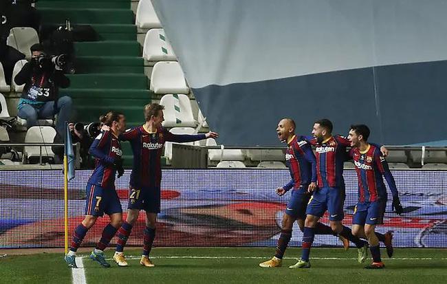 巴萨罗那界外球战3-2晋升总决赛奥雅萨巴尔绝平九十分钟1-