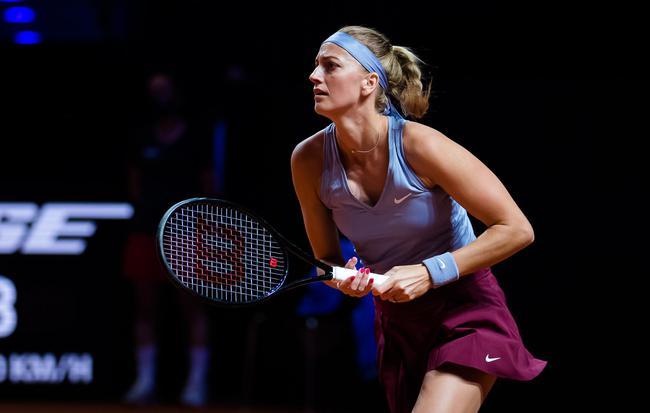 卫冕冠军科维托娃首轮表现稳定淘汰澳网亚军布雷迪过关