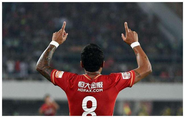 保利尼奥:希望大家不要忘记赛季的努力 别忘记目标