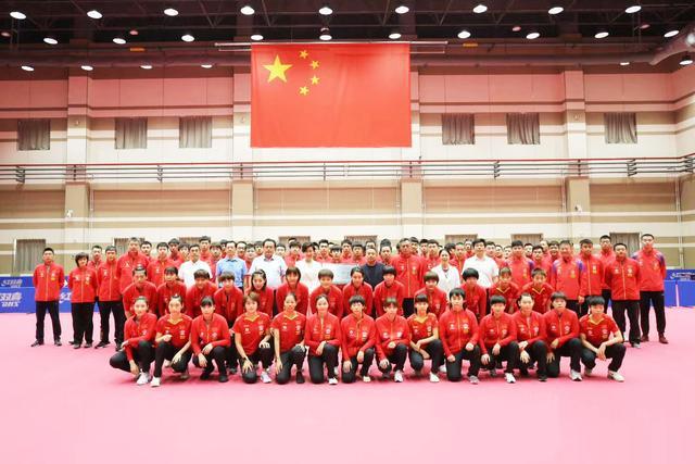 日媒羡慕中国能举办世界杯酸国乒选手悠闲备战