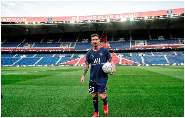梅西参加大巴黎合练 对曼城的欧冠就将复出