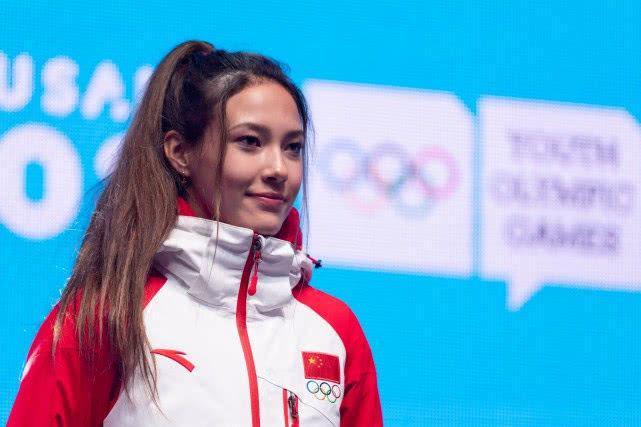 谷爱凌摘入籍后首个世界杯冠军 参赛两站皆进前三