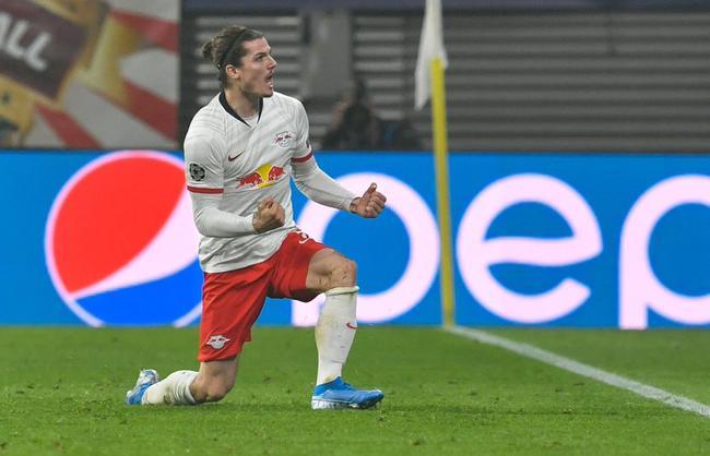 欧冠-莱比锡2-1逆转升榜首 德佩又破门里昂1-2负