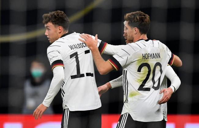 首秀飞翼助攻中锋破门 德国中楣1-0胜捷克
