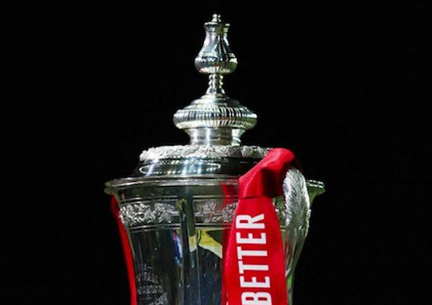 英超拥挤赛程悬而未决 足总杯联赛杯下赛季或削减