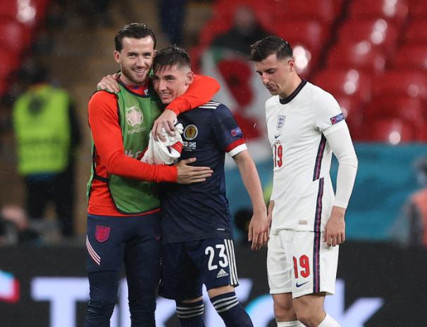 英格兰两位球员需隔离至6月28日  错过小组最后一轮