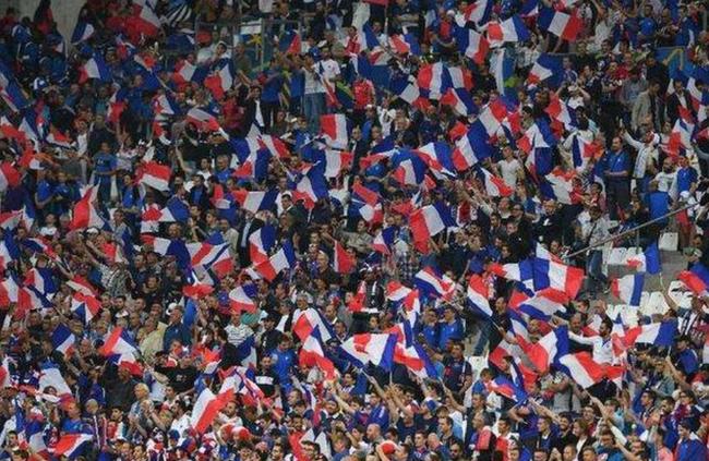 欧洲杯推迟引行业地震 小编欧足联哭了只有他们笑