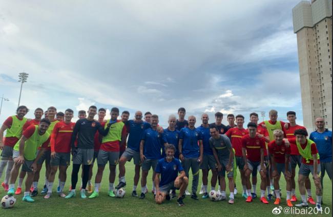 卡纳瓦罗换上意大利球衣!决赛前一直穿英格兰