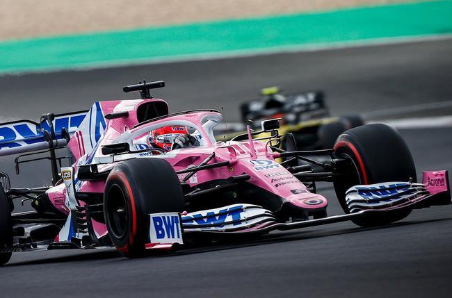 """赛点车队赛车一度被称为""""粉色梅奔"""""""