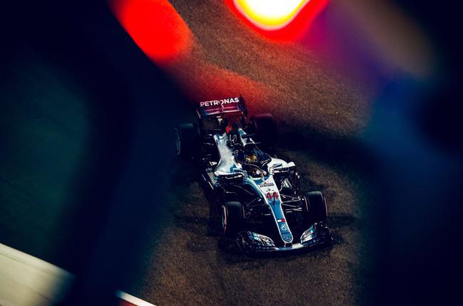 F1汉密尔顿拿下2018赛季末了1杆