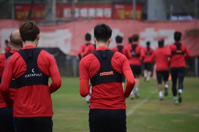 重庆队结束医学观察 外援按教练团队要求居家训练