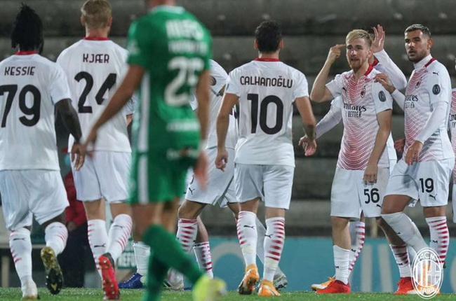 欧联-小唐失点+扑点制胜 AC米兰2-2后12轮点球9-8