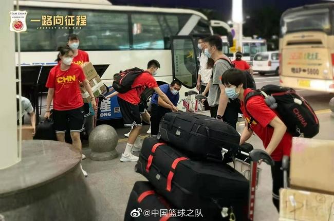 中国女篮前往约旦征战亚洲杯 李梦因故未随队