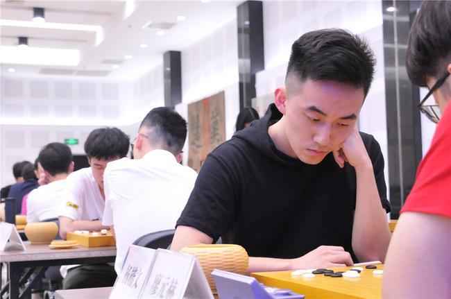 杨楷文参加选拔赛