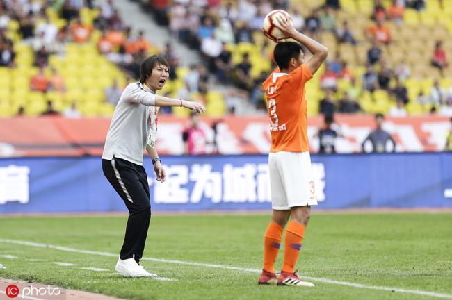 李铁向球迷致歉:五一没送上胜利 伤病问题很头疼