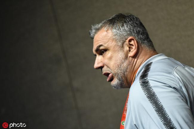 奥拉罗尤:国安昨天就没被判点球 要尊重裁判的决定