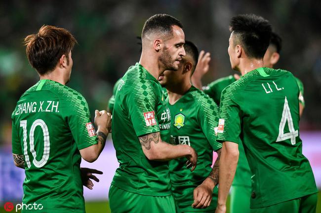 中超-张玉宁助攻双响巴坎布两球 国安3-0深圳9连胜