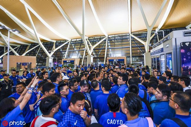 瓜林与球迷视频告别写满心酸无奈 称上海永远是家
