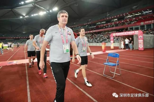 卡罗致深圳球迷:中超比中甲困难的多 一直努力战斗