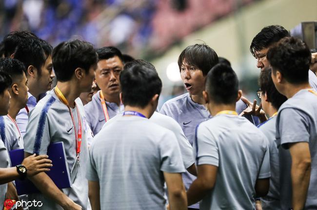 李铁解释争执:要和对手握手 申花教练误认为起冲突