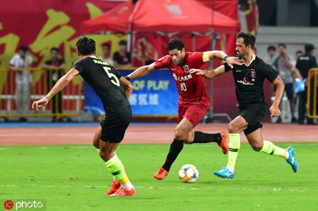 沪媒暗示上港或放弃联赛战鲁能 全力客胜浦和晋级